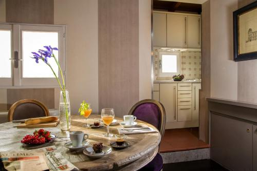 The Inn at the Spanish Steps-Small Luxury Hotels photo 67