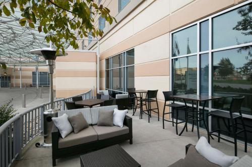 Courtyard By Marriott Indianapolis Downtown - Indianapolis, IN 46204