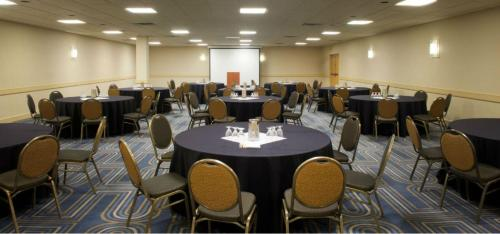 DoubleTree by Hilton Bloomington Minneapolis South Photo