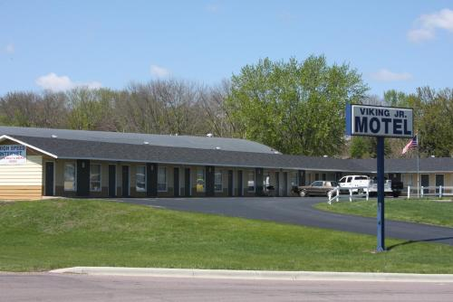 Viking Jr. Motel