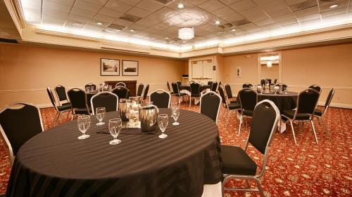 Picture of Best Western Premier Plaza Hotel and Conference Center