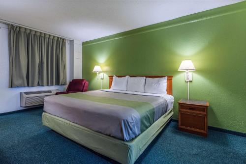 Motel 6 Knoxville Photo