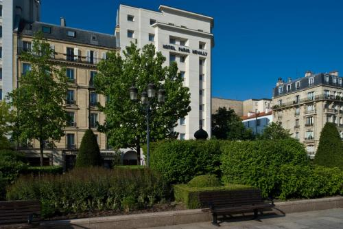 Отель Hôtel Paris Neuilly 4*, Нёйи-сюр-Сен. Бронирование ...: http://www.tourister.ru/world/europe/france/city/neuilly-sur-seine/hotels/71265
