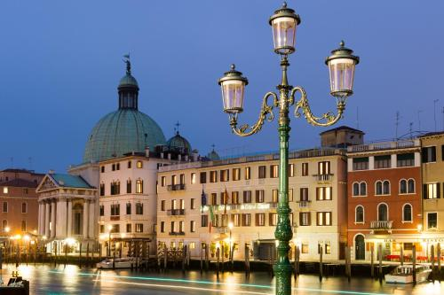 Hotel Carlton On The Grand Canal - фото 0