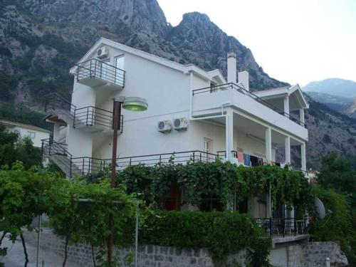 Apartments Dakovic