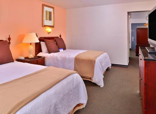 Americas Best Value Inn Chickasha Photo