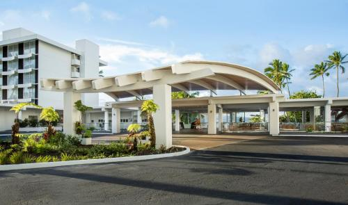 Grand Naniloa Hotel, a Doubletree by Hilton Photo