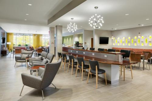 SpringHill Suites by Marriott San Diego Mission Valley Photo