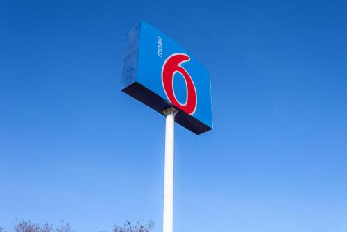 Motel 6 Marysville South CA Photo