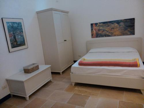Fenisia Guest House