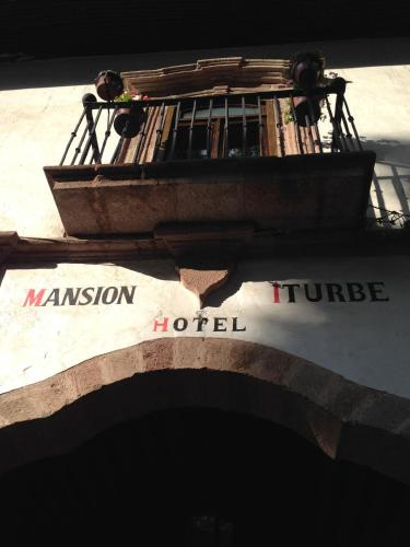 Hotel Mansion Iturbe Photo