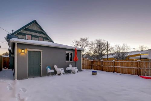 Spacious Three Floor Home in Downtown Denver - Denver, CO 80205
