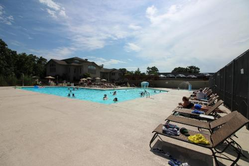 Branson Condo Resorts at Pointe Royale Photo