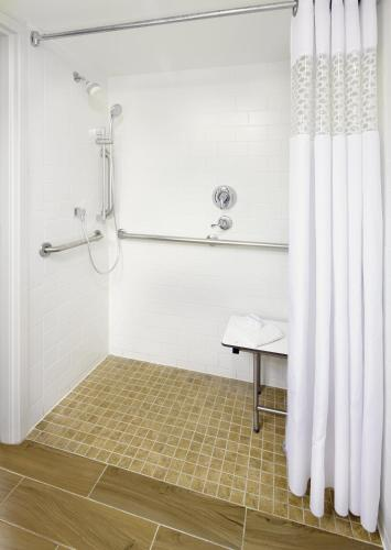 Hampton Inn Orlando Near Universal Blv/International Dr photo 33