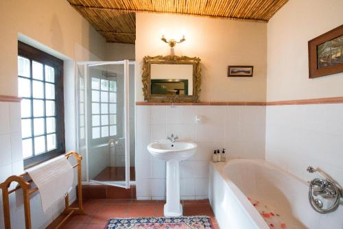 Tulbagh Country Guest House - Cape Dutch Quarters Photo