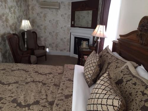 HotelIvy Manor Inn Bed and Breakfast