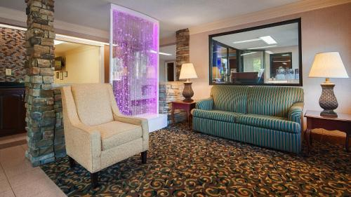 Best Western Inn & Suites of Macon Photo