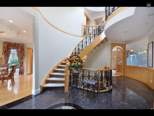 Vancouver West Luxurious House Photo