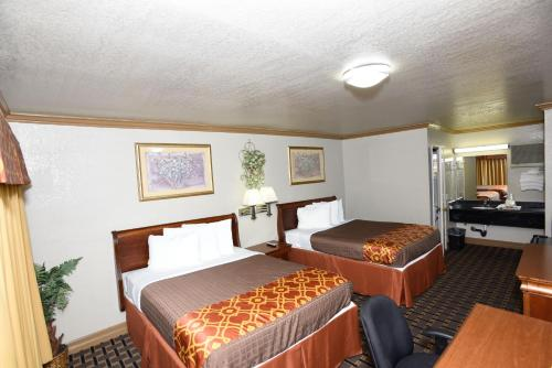 Best Budget Inn Anaheim Photo