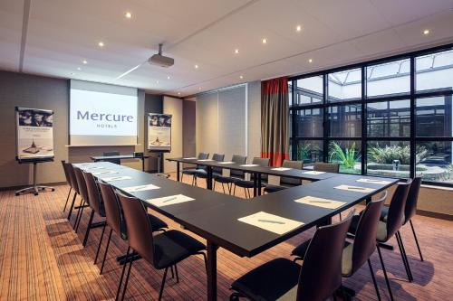 Mercure Tour Eiffel Grenelle photo 36