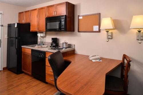 Candlewood Suites Boise-Meridian Photo
