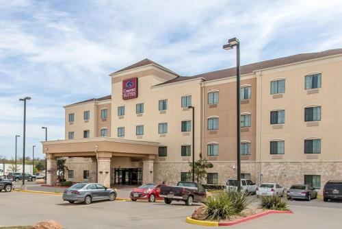 Comfort Suites Lawton Photo