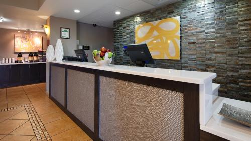Best Western Auburndale Inn & Suites Photo