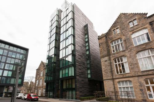 Hotel Quartermile Apartment