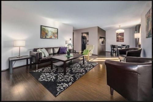Amazing and Spacious Condo