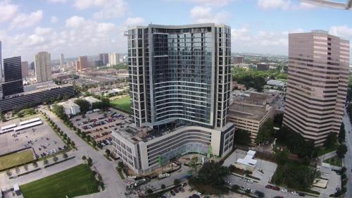 Hanover Post Oak - Houston, TX 77056