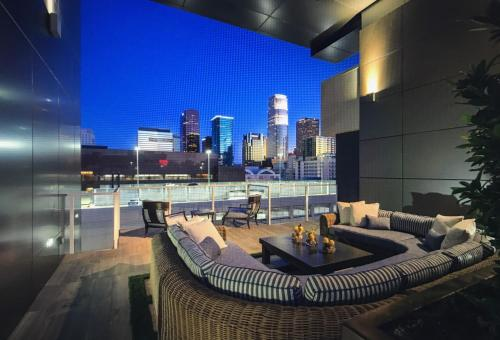 Brand New Condo-Heart of DTLA