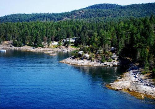 Rockwater Secret Cove Resort Photo