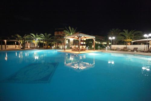 Lesvos Inn Resort - Spa Hotel - Main Street Greece