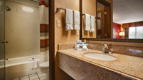 Best Western Inn - West Helena, AR 72390