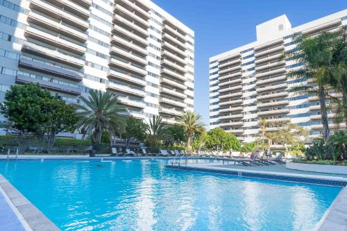 Barrington Apartment A421 In Los Angeles Ca Free Internet Swimming Pool Outdoor Pool Non