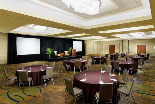DoubleTree by Hilton Orlando Airport Hotel photo 30