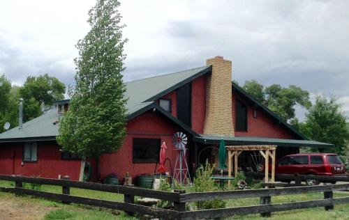 AppleLodge Bed & Breakfast