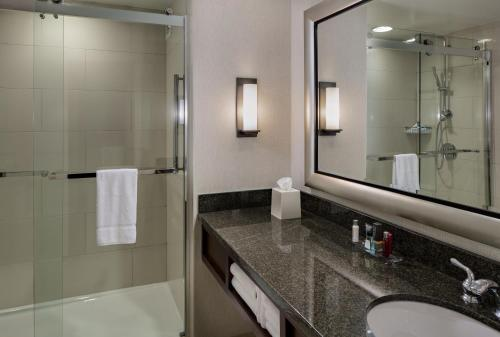 Houston Marriott Westchase Photo