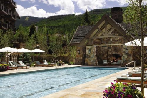 Four Seasons Resort Vail Photo