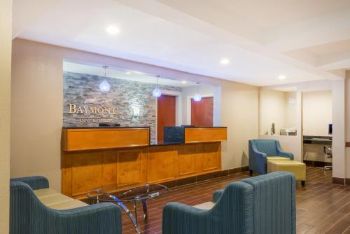 Baymont Inn & Suites Georgetown Photo