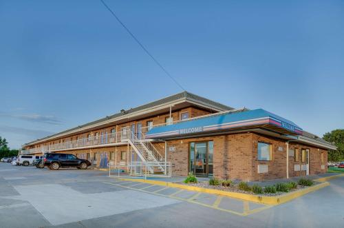 Motel 6 Salina Photo