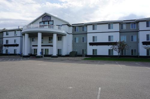 River Hills Hotel- Mankato Photo