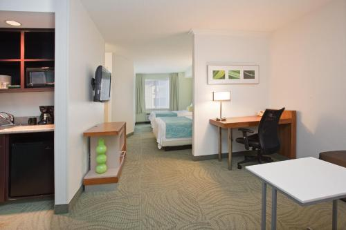 SpringHill Suites Portland Airport Photo