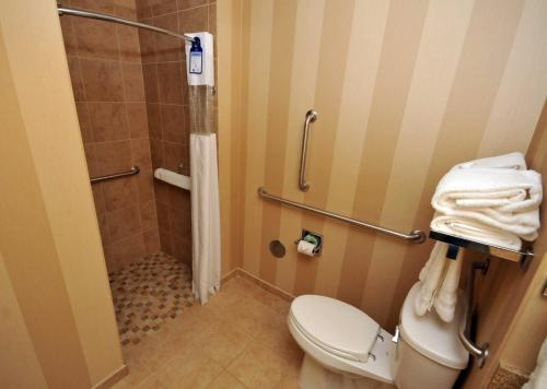 Best Western PLUS University Park Inn & Suites Photo