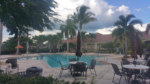 Port St. Lucie West PGA Golf Condo Photo