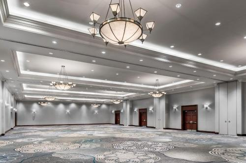 Sheraton Toronto Airport Hotel & Conference Centre photo 30