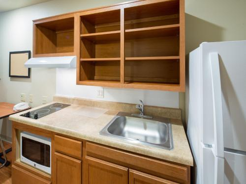 WoodSpring Suites Greenville Simpsonville Photo