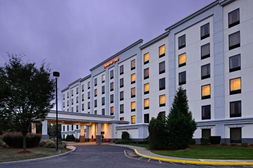 Hampton Inn Long Island-Brookhaven Photo