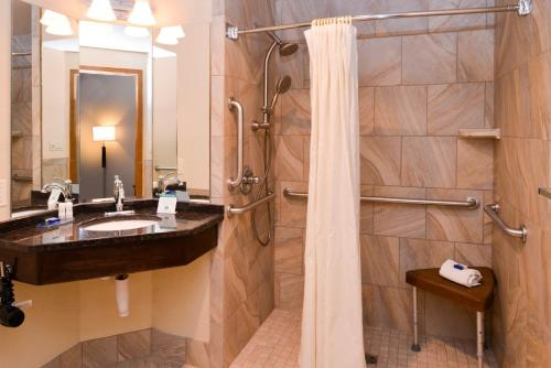 Best Western Designer Inn and Suites Photo