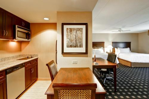 Homewood Suites by Hilton Toronto Airport Corporate Centre photo 23